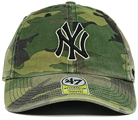 Amazon.com   47 Brand – Youth MLB New York Yankees Camo CleanUp Size  Youth  Adjustable Dad Hat  Sports   Outdoors 49061f0f1