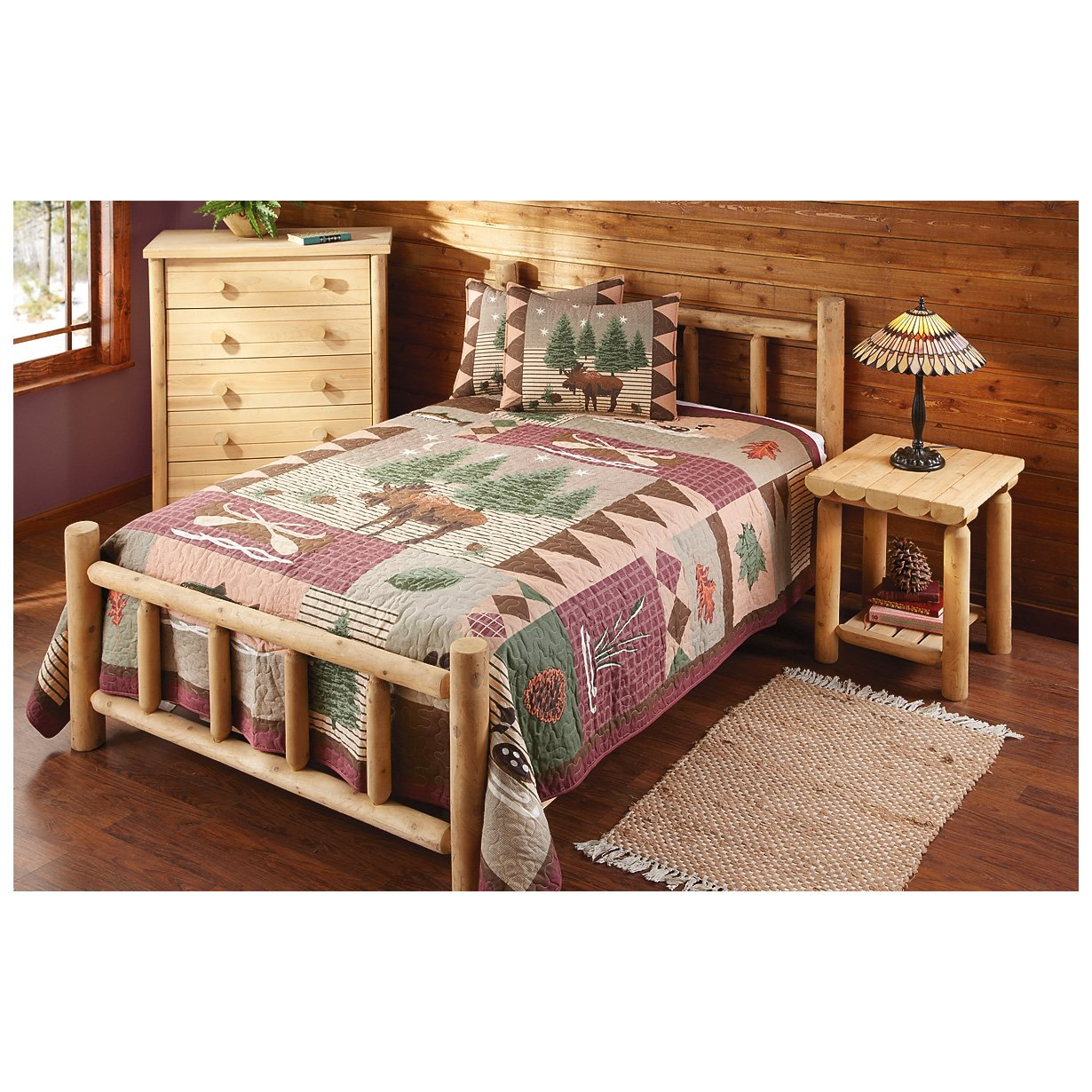 Amazon.com: CASTLECREEK Cedar Log Bed Queen: Kitchen & Dining