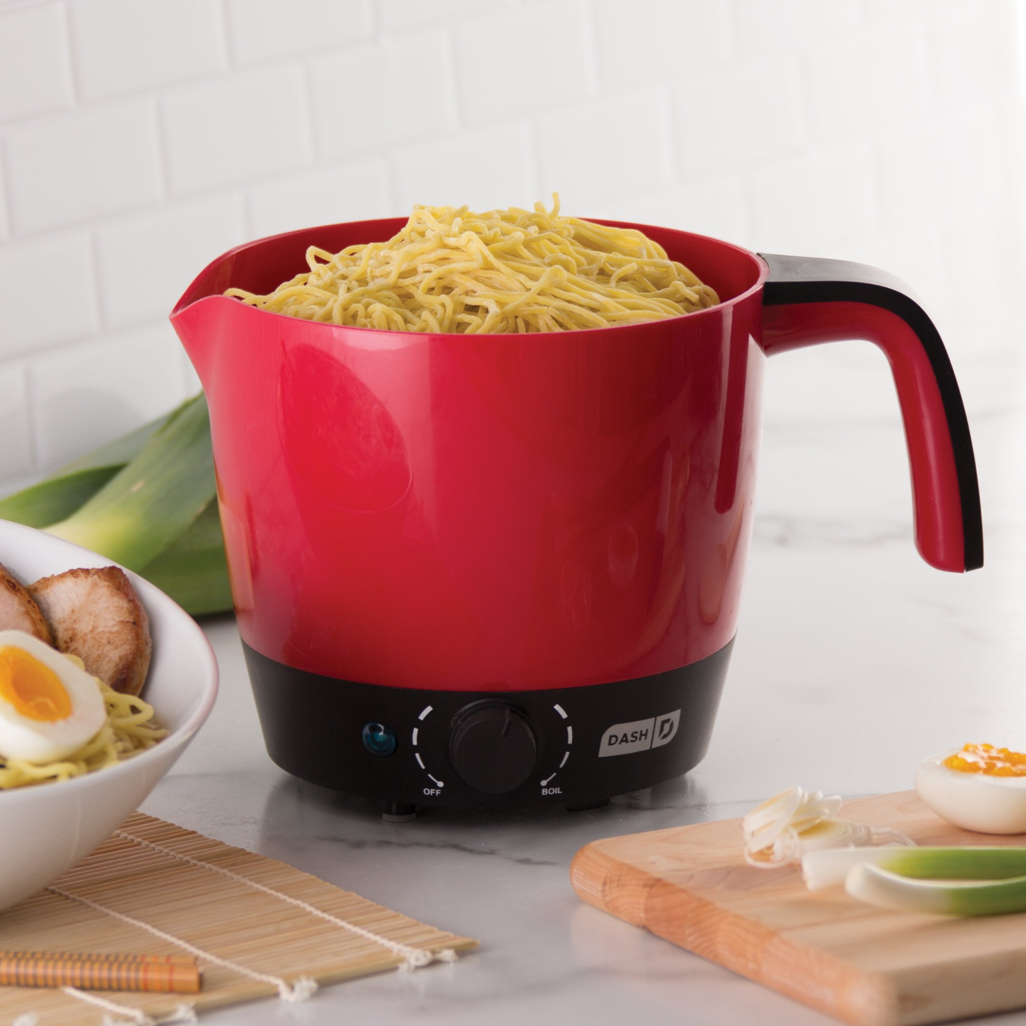 DASH DMC100RDDash Express Electric Cooker Hot Pot with Temperature Control for Noodles, Rice, Pasta, Soups, Boiling Water & More, 1.2L by DASH (Image #2)