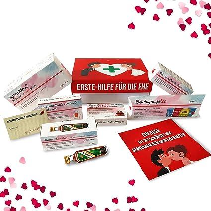 Hochzeitsgeschenk Erste Hilfe Set Fur Die Ehe Witziger Sanikasten 9 Teilig Geschenk Box Zur Hochzeit Valentinstag Amazon De Lebensmittel Getranke