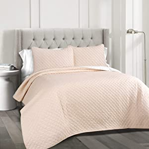Lush Decor Ava Quilt Diamond Pattern Solid 3 Piece Oversized Bedding Blanket Bedspread Set, King, Blush