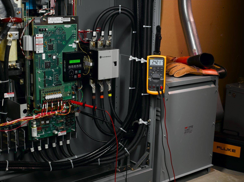 Fluke 87-V Digital Multimeter by Fluke (Image #3)