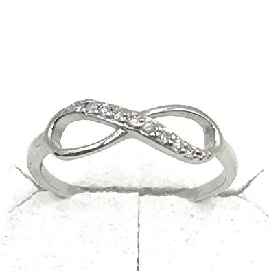 7b0e59511a28 Anillo Infinito Oro Blanco 375 9 K Diamantes Anillo De Compromiso hecho a  mano con certificado de autenticidad garantía Incluye inoxidable funda