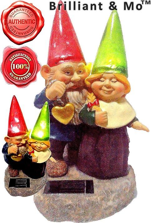 Loving Couple Garden Gnome Holding Hearts And Flower Garden Solar Light