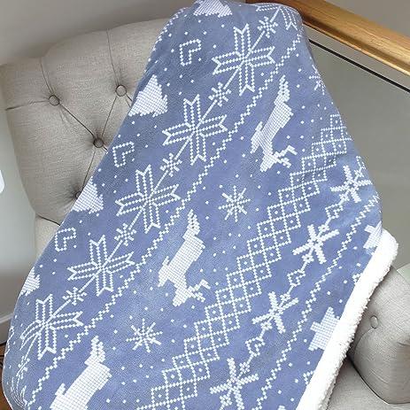 Amazon Soft Fleece Blanket Throwover Snowflake Christmas Theme Inspiration Fleece Blanket Pattern