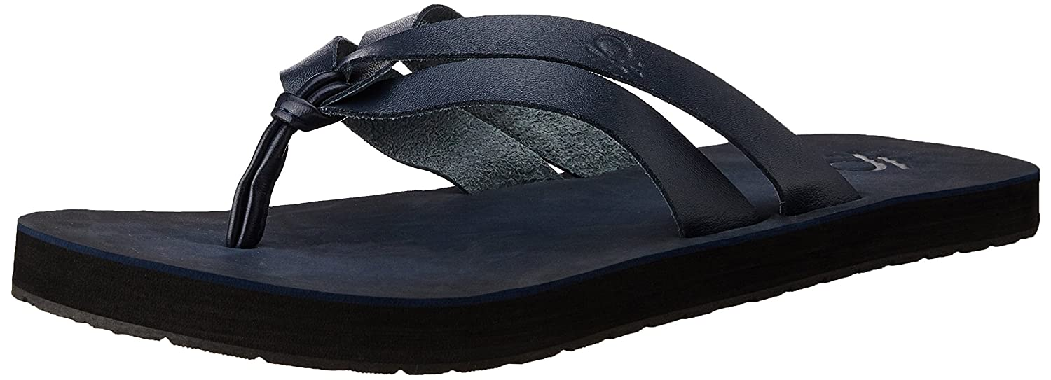 b552836d1 United Colors of Benetton Men s Blue (902) Leather Hawaii Thong Sandals -  11 UK India (45 EU)  Buy Online at Low Prices in India - Amazon.in