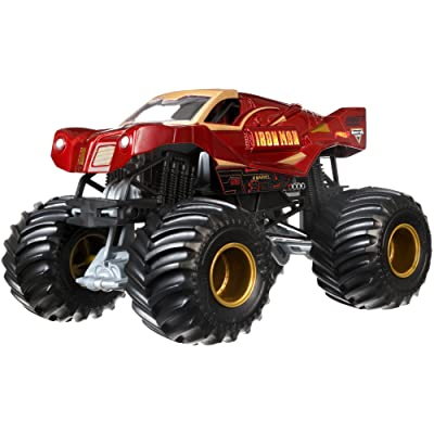 Hot Wheels Monster Jam 1:24 Die-Cast Ironman Vehicle: Toys & Games