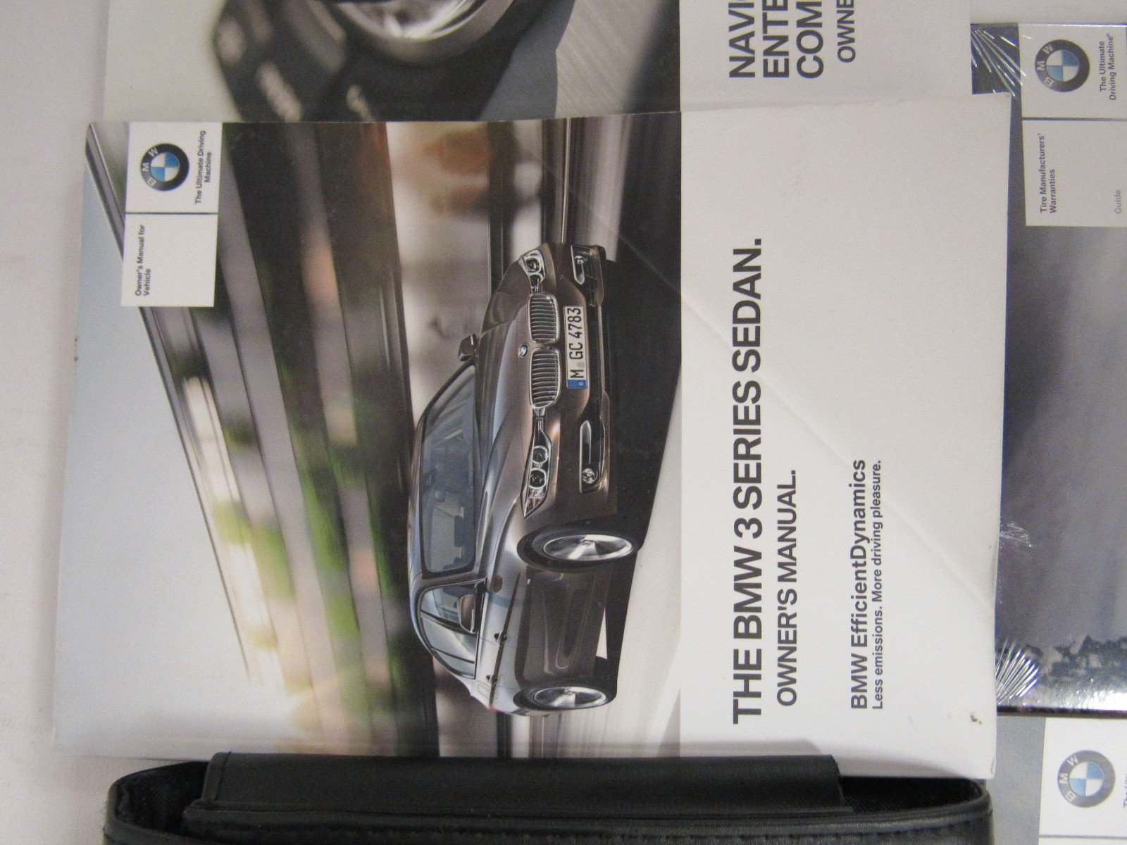 2014 BMW 3 Series Sedan owners manual set with cover case and ...