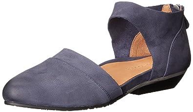 Gentle Souls Noreen Pointed Toe Shoe (Women's) A04iXT