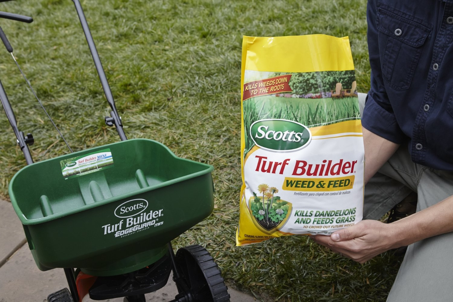Amazon.com : Scotts Turf Builder Lawn Food - Weed and Feed, (Lawn Fertilizer plus Dandelion & Weed Killer) (Not Sold in Pinellas County, FL), 5, ...