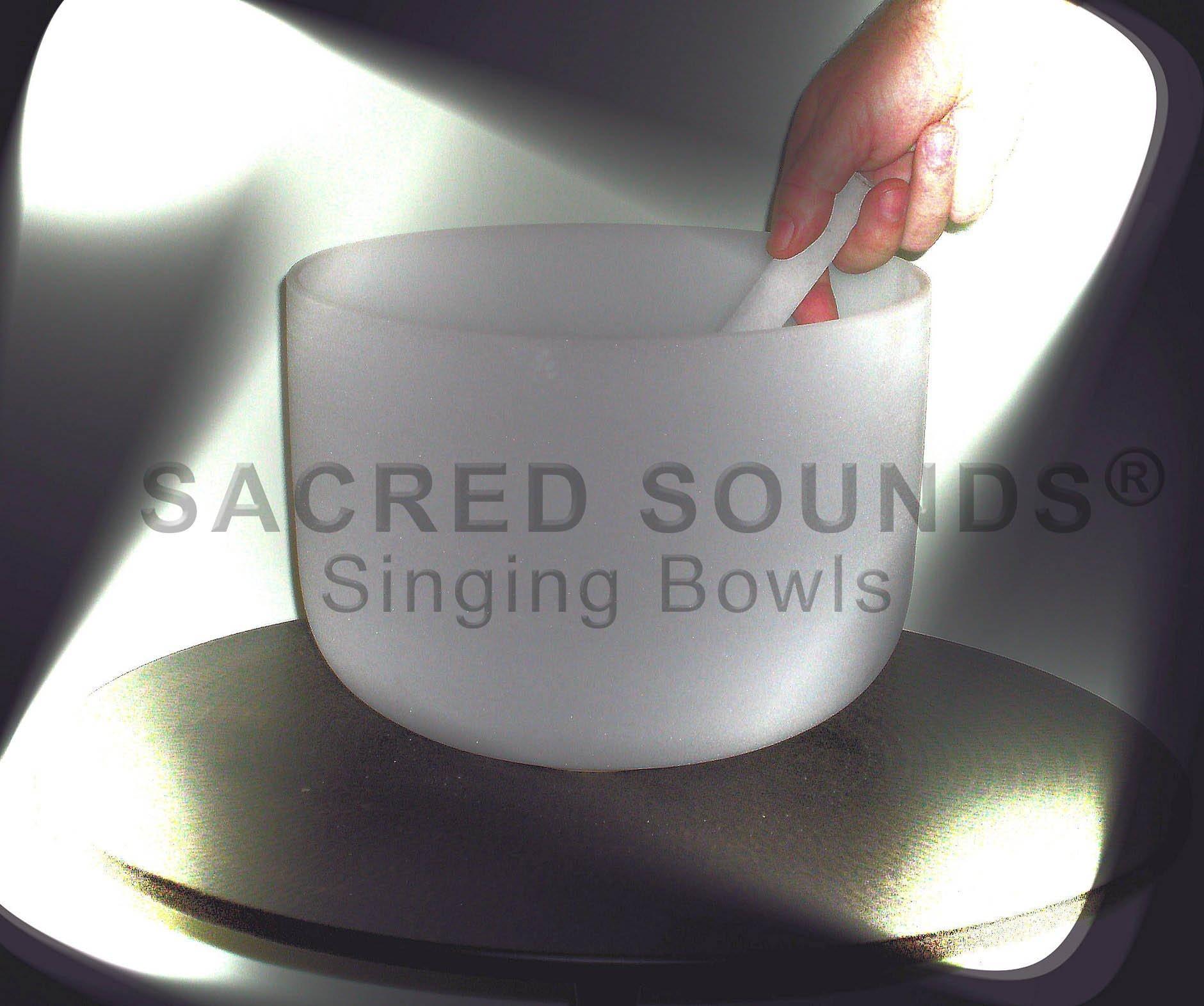 11'' Crystal Singing Bowl - Solar Plexus Chakra -Note 'E'