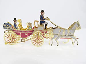White House Historical Association 2001 White House Christmas Ornament, A First Family's Carriage Ride