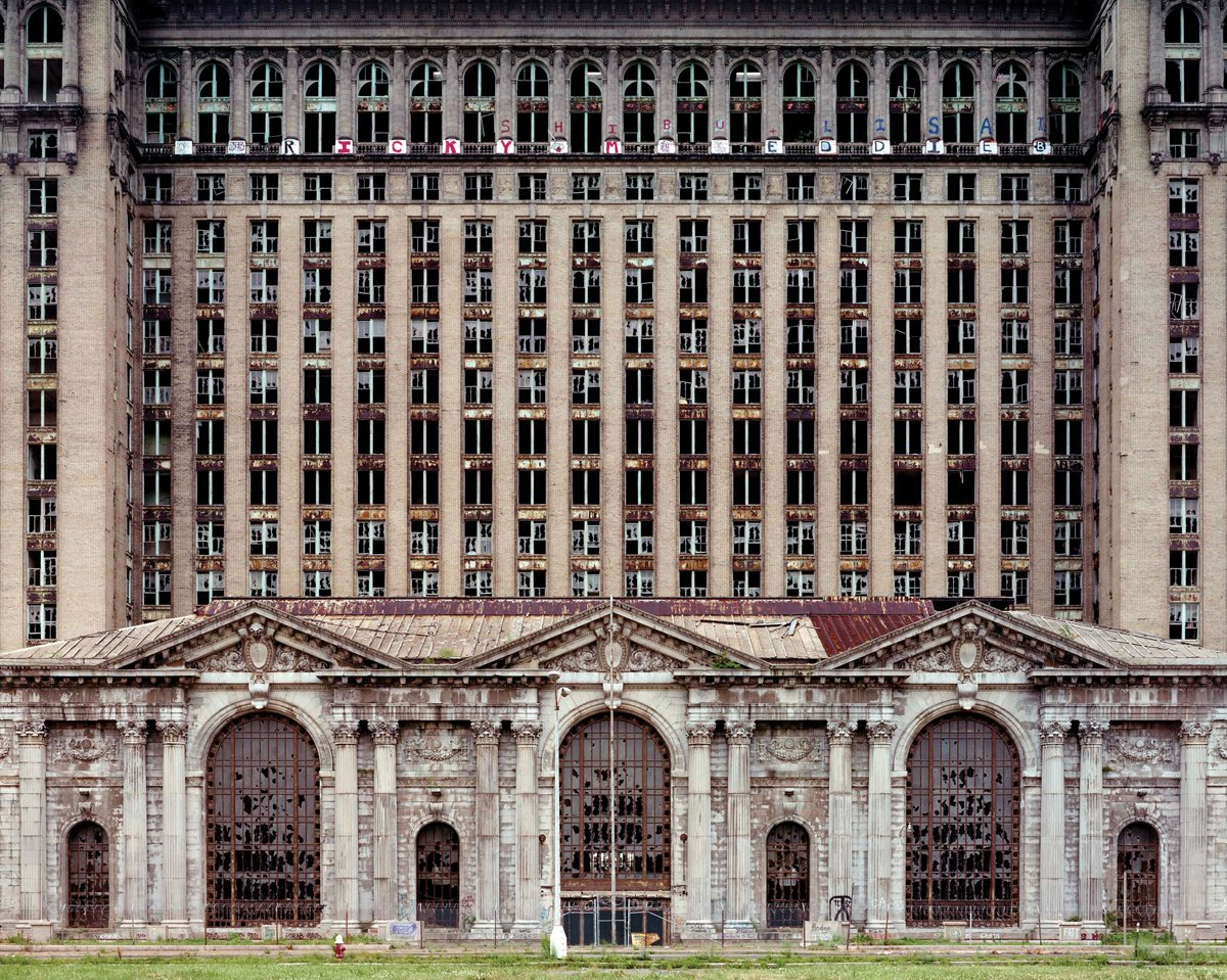 Read Online Yves Marchand & Romain Meffre: The Ruins of Detroit PDF