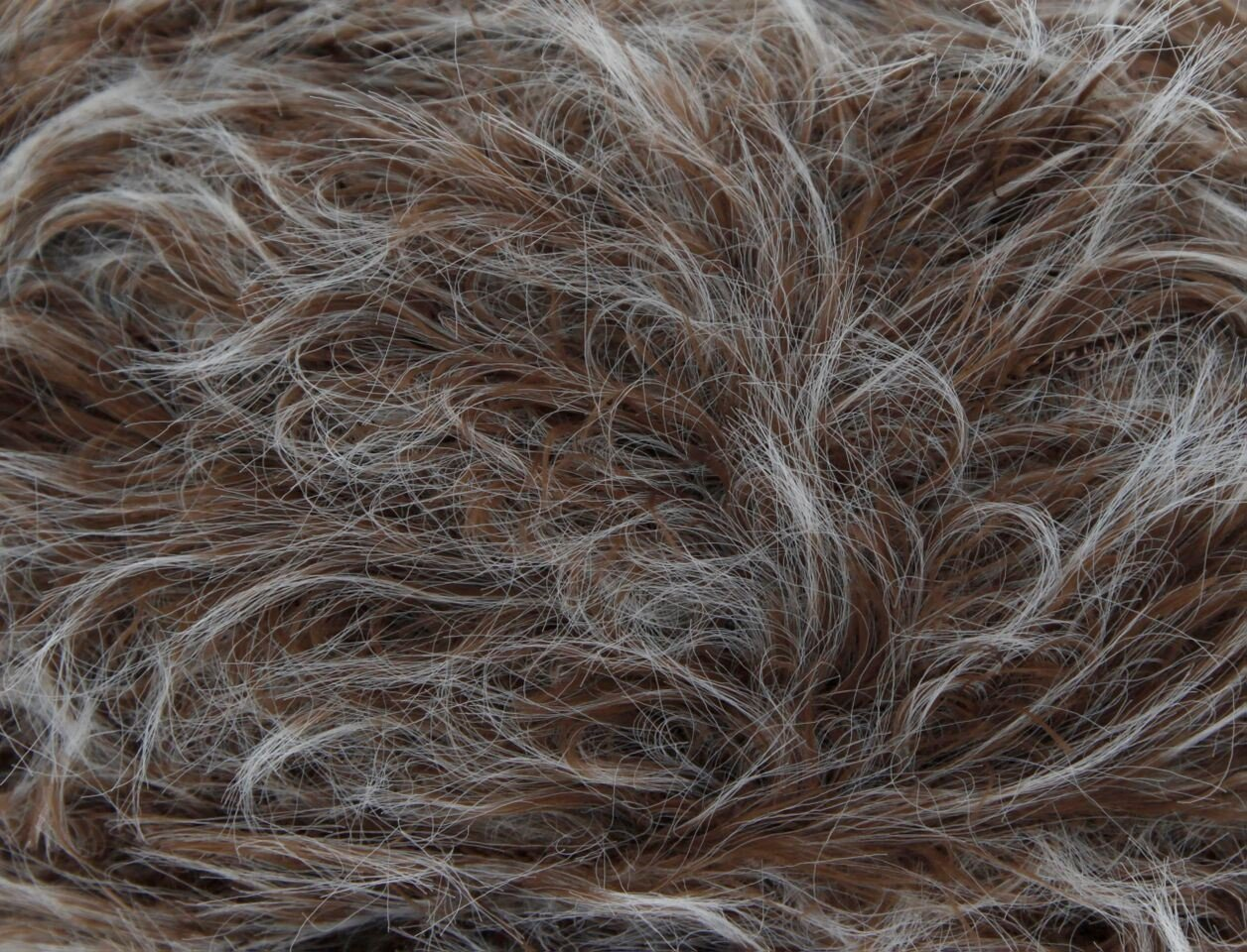 King Cole Luxe Fur100g - 1039 Beaver