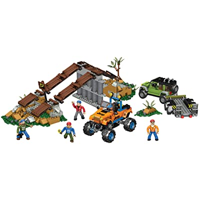 Mega Bloks Jeep Off-Road Adventure: Toys & Games