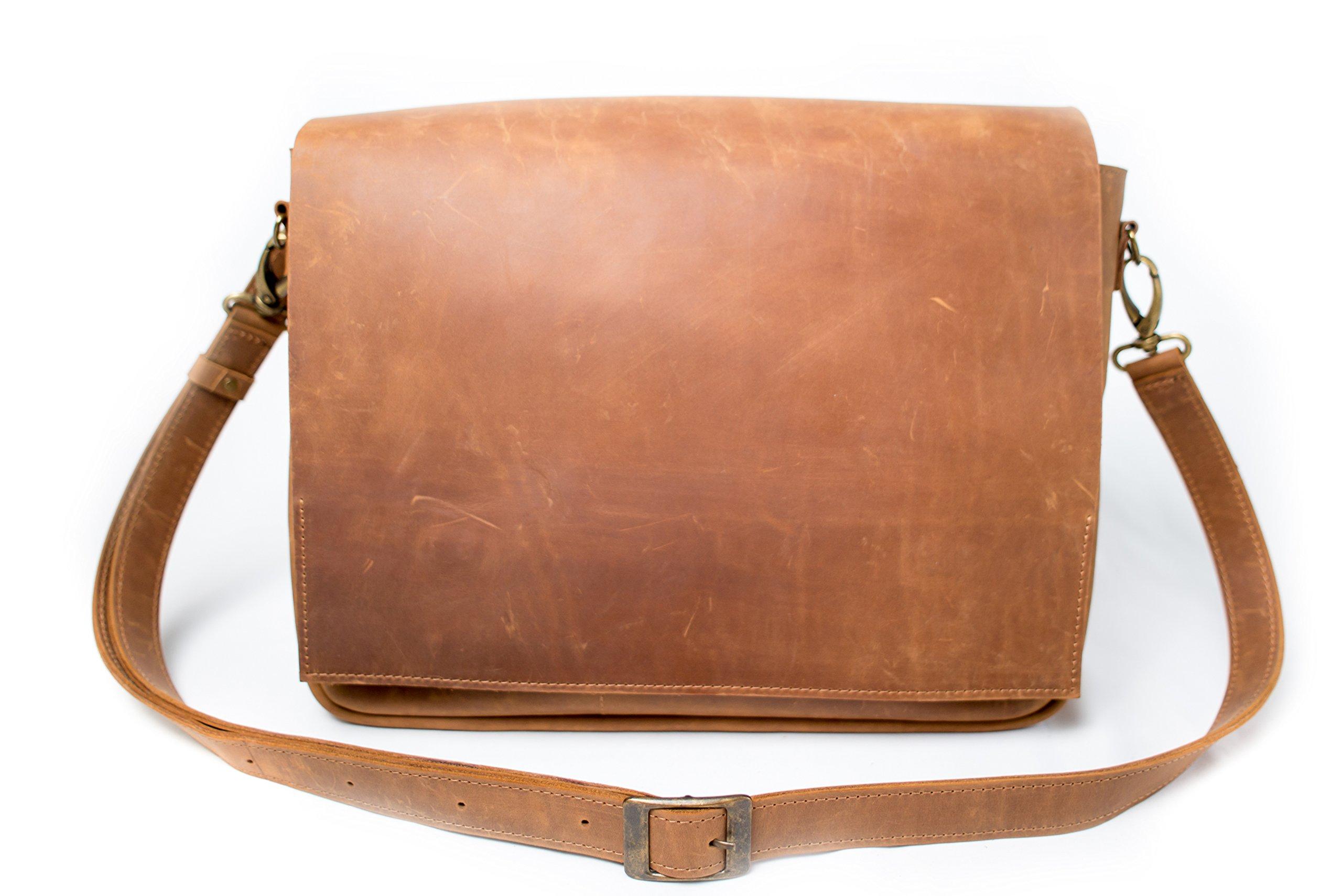 InCarne Messenger bag for men leather business casual (Light Brown)