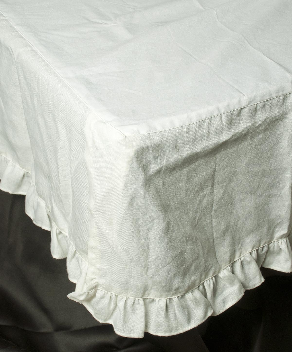 White organic linen frilled bordered bed skirt or dust ruffles 18'' drop as bedding sets (Queen Size (60''W X 80''L X 18''H)