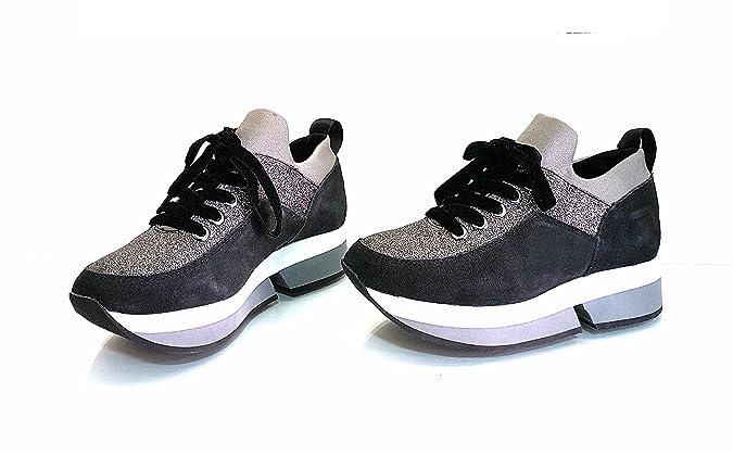 Fornarina PI18SL1080V000 Sneakers Femme Noir 40  Amazon.fr  Chaussures et  Sacs de1215cd9e7