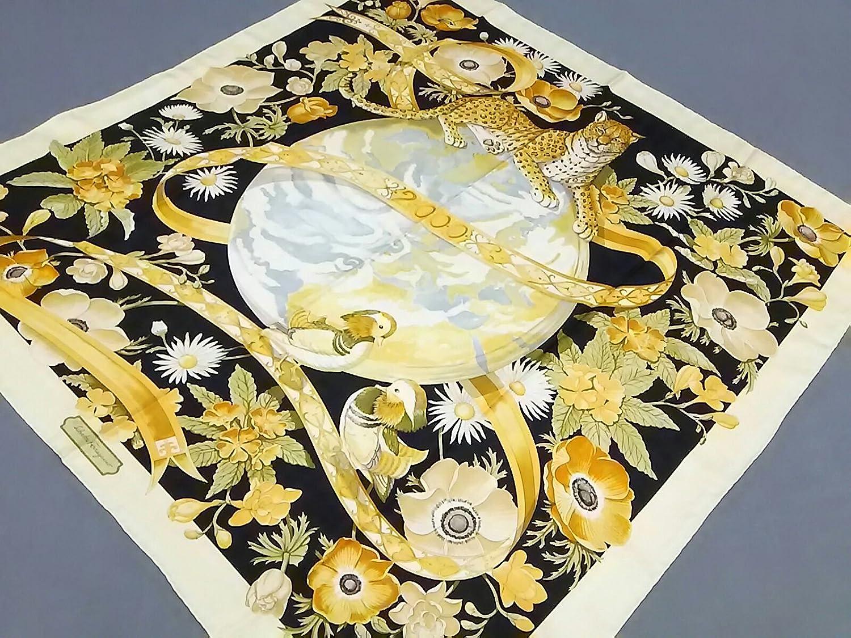 (サルヴァトーレ フェラガモ) Salvatore Ferragamo スカーフ イエロー×黒×マルチ 【中古】 B07F3DCHKY  -