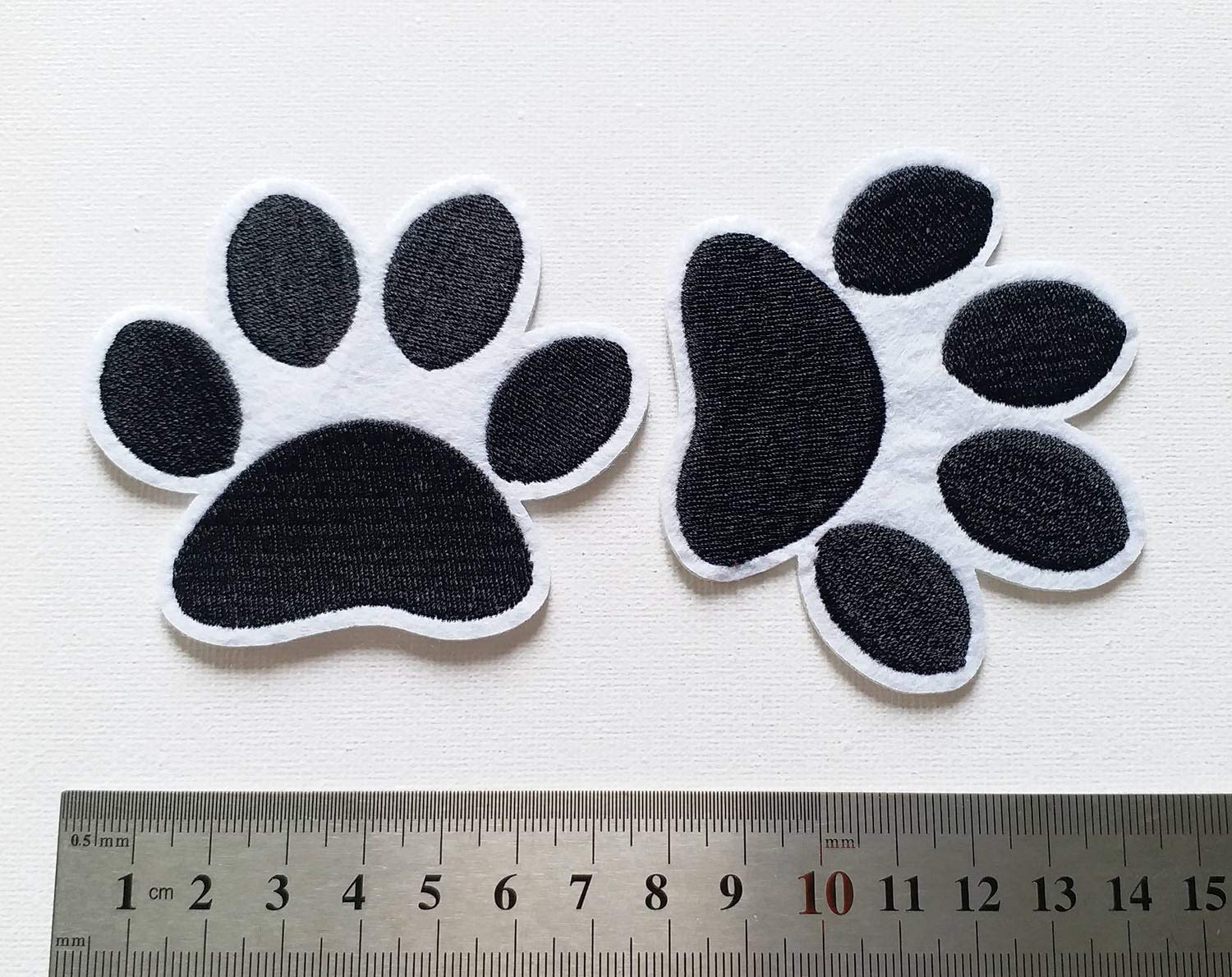 8x7cm Set of 10 pcs Dog PAW Iron On Sew On Cloth Embroidered Patches Appliques Machine Embroidery Needlecraft Sewing Projects DIY