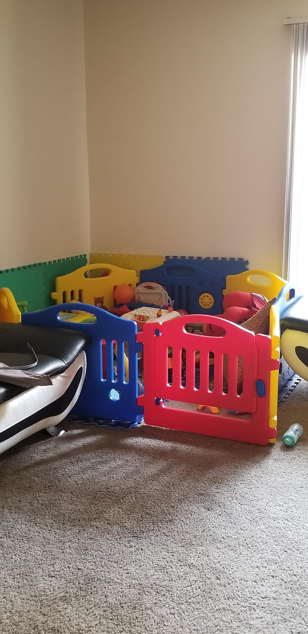 Toddlers Playpen 8 Panel Play Yard with Door photo review