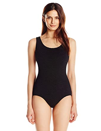 f7e0219168b23 Penbrooke Women s Krinkle Chlorine-Proof D-Cup Active Back Maillot One Piece  Swimsuit at Amazon Women s Clothing store