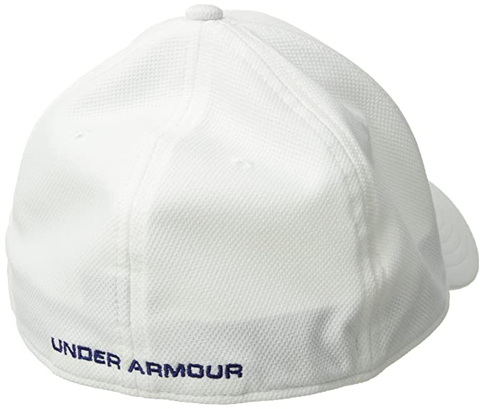 a5e22bf4655 Amazon.com  Under Armour Mens Freedom Blitzing Cap  Sports   Outdoors
