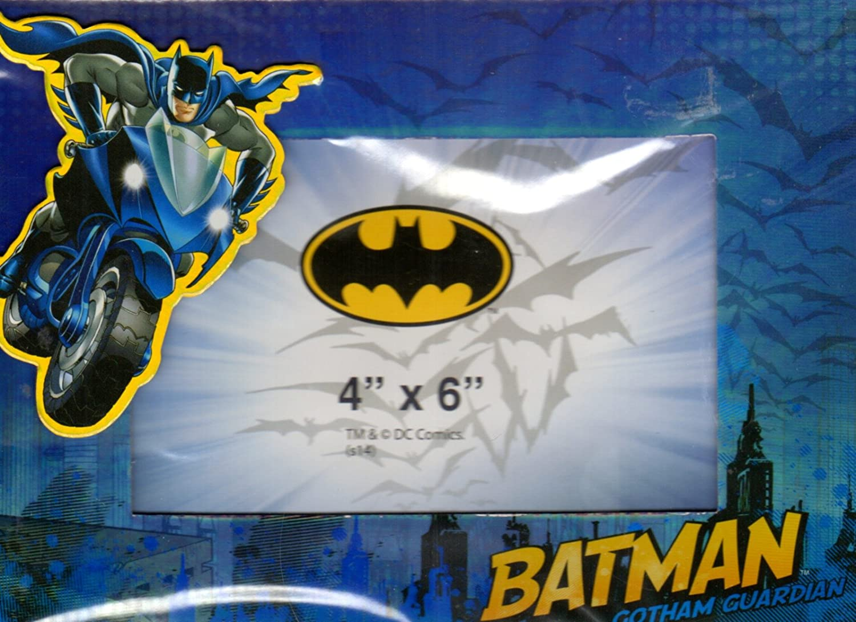 Amazon.com: Batman - Magnetic Picture Frame (4x6 In) Newborn, Kid ...
