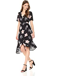6ef9eaacf0d Somedays Lovin Women s Dark Paradise Floral Print Wrap Midi Dress