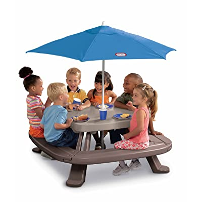 Little Tikes Fold 'n Store Picnic Table with Market Umbrella: Toys & Games