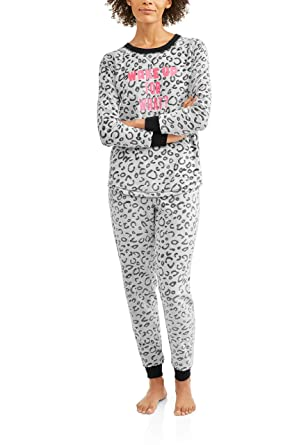 c9b20dcd18b Image Unavailable. Image not available for. Color  Secret Treasures Women  2PC Plush Pajama Set Animal Print Plus Size 2X Long Sleeve ...