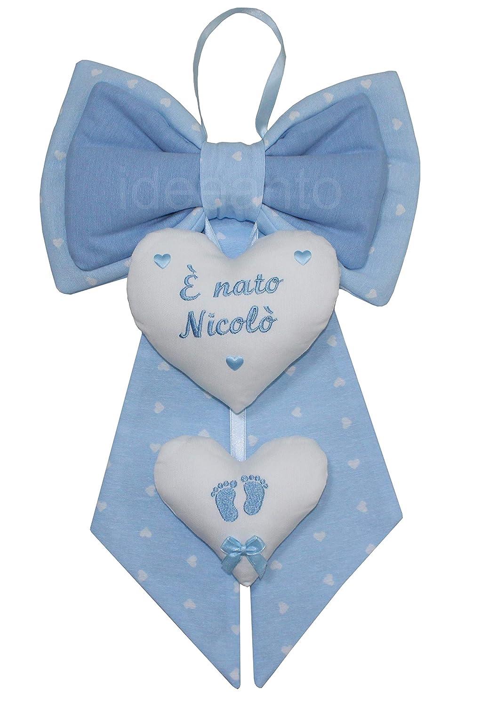 der auf das Herz gestickt wird Hergestellt in Italien pink Geburtsbogen personalisiert mit dem Namen Ihres Babys