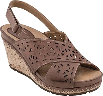 786405e1e70 Earth Women s Brown Aries 7.5 Medium US