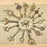 WellieSTR Vintage Skeleton Keys Charm Set Royal Key in Antique Bronze Pack of 15 Keys, 15 Different Style, No Repeat