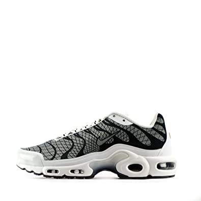 official photos 8f855 9ea6b Nike air max plus JCRD mens running trainers 845006 sneakers shoes (uk 6 us  7 eu 40, white white black 100)  Amazon.co.uk  Shoes   Bags