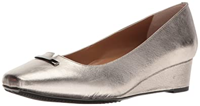 J.Renee Womens Yaralla Square Toe Classic Pumps Metallic Taupe Size 7.5