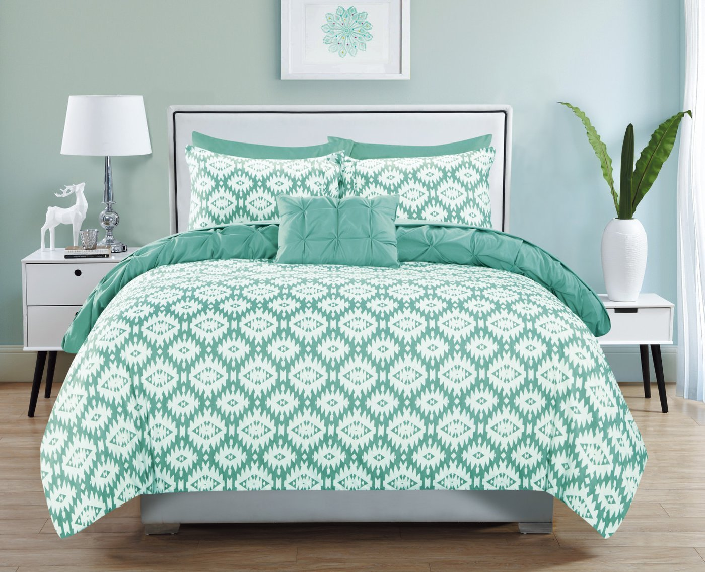 Chic Home 4 Piece Zissel Pleated Pintuck and Printed Reversible with Elephant Embroidered Pillow King Duvet Cover Set Aqua