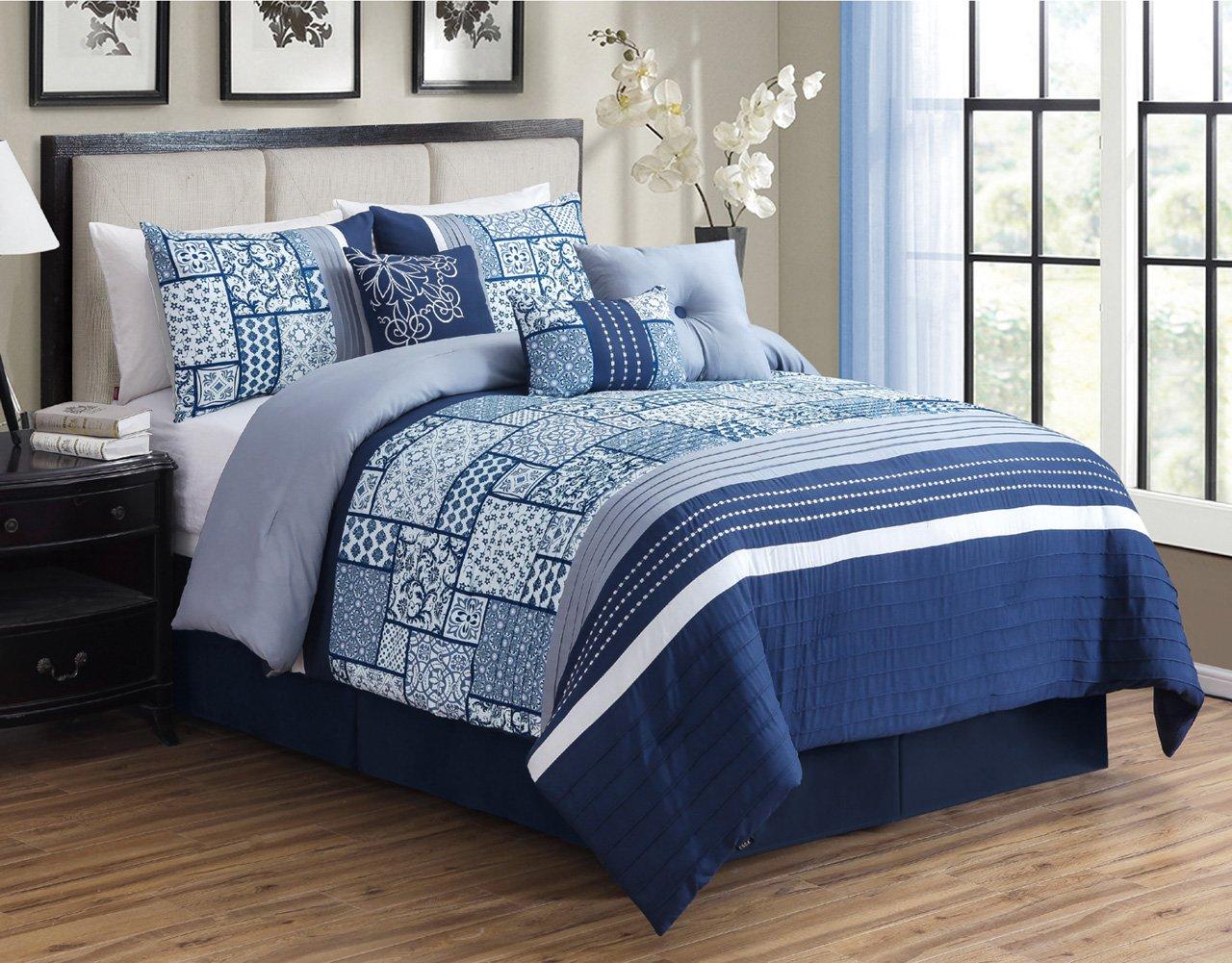 11 Piece Auburn Navy/White Bed in a Bag Set Queen