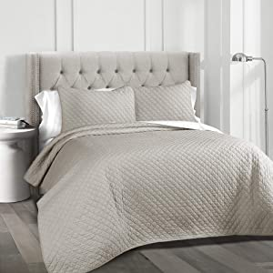 Lush Decor Ava Quilt Diamond Pattern Solid 3 Piece Oversized Bedding Blanket Bedspread Set, King, Gray