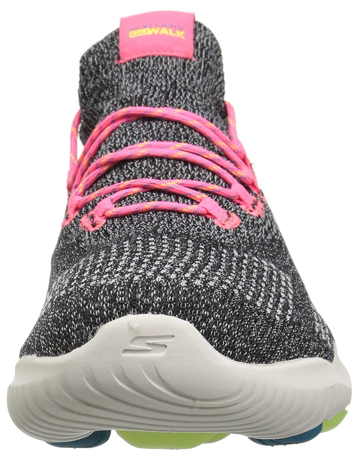 Skechers Women's Go Walk Revolution Ultra Sneaker B078GMZD5X 5 B(M) US|Black/Multi