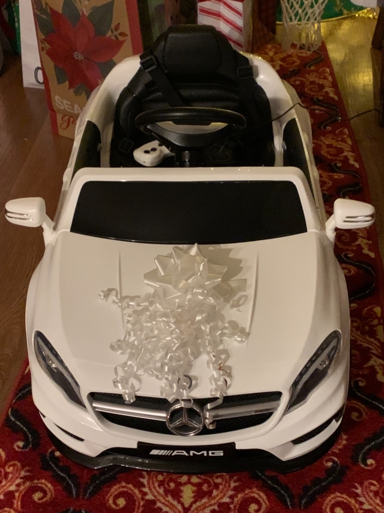 Licensed Mercedes Benz RC Car Toy with Double Doors, White photo review