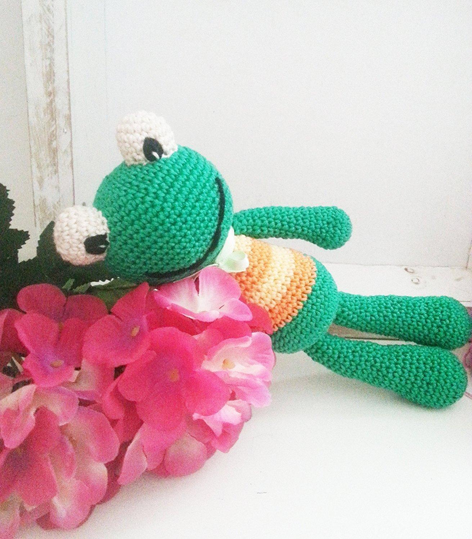 Mini Frog amigurumi pattern - Amigurumipatterns.net | 1500x1311