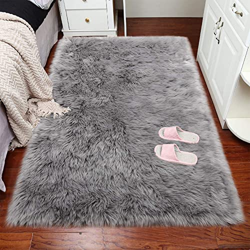 VaryCarry Soft Shaggy Faux Fur Sheepskin Area Rugs for Bedroom Carpet Nursery Floor Mats Sofa-Home Decor Fluffy Chair Cover Seat 3ft x 5ft Grey