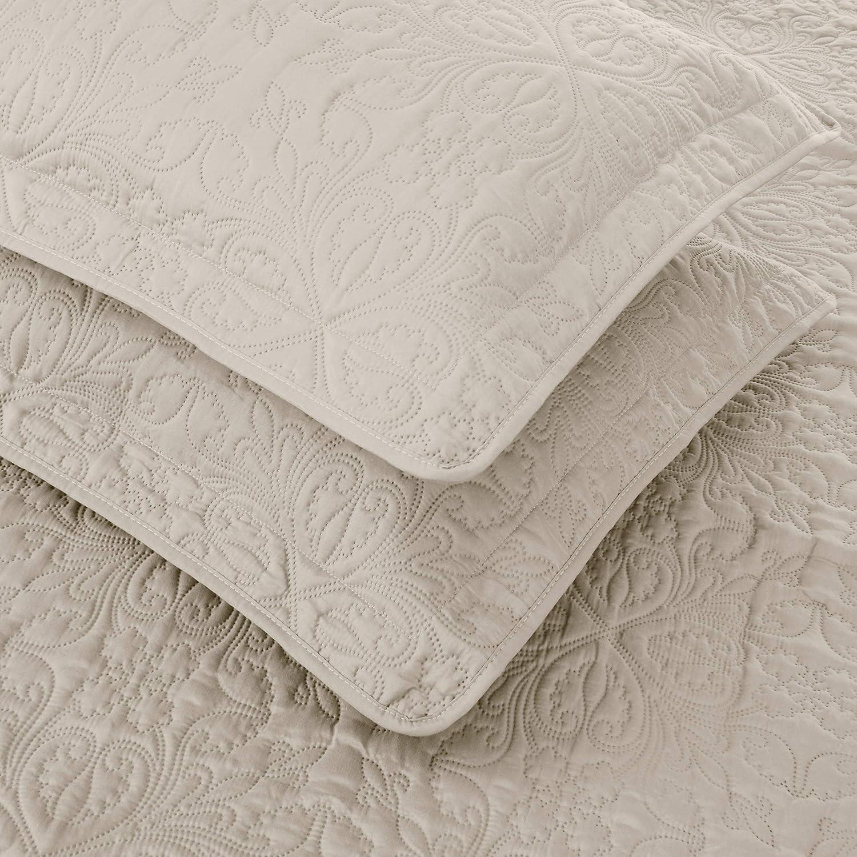 Amazon Basics Oversized Quilt Coverlet Bed Set King Beige Floral Home Kitchen