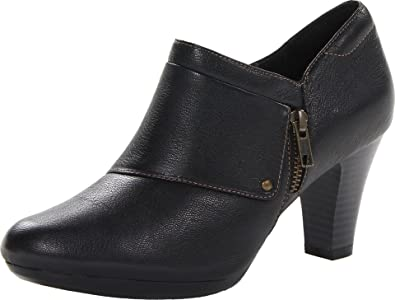 954830f88 Clarks Womens Clever Twinkle Black Heel Ankle Boot (9.5 M)