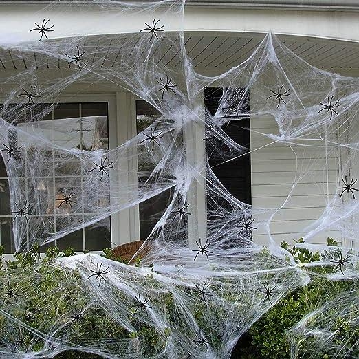 Rens Halloween White Spider Webs 200g Mit 20 Kleinen Spinnen Geisterhaus Mall Geheimnis Raum Simulations Spinnen Seide Lustige Halloween Dekoration Amazon De Kuche Haushalt