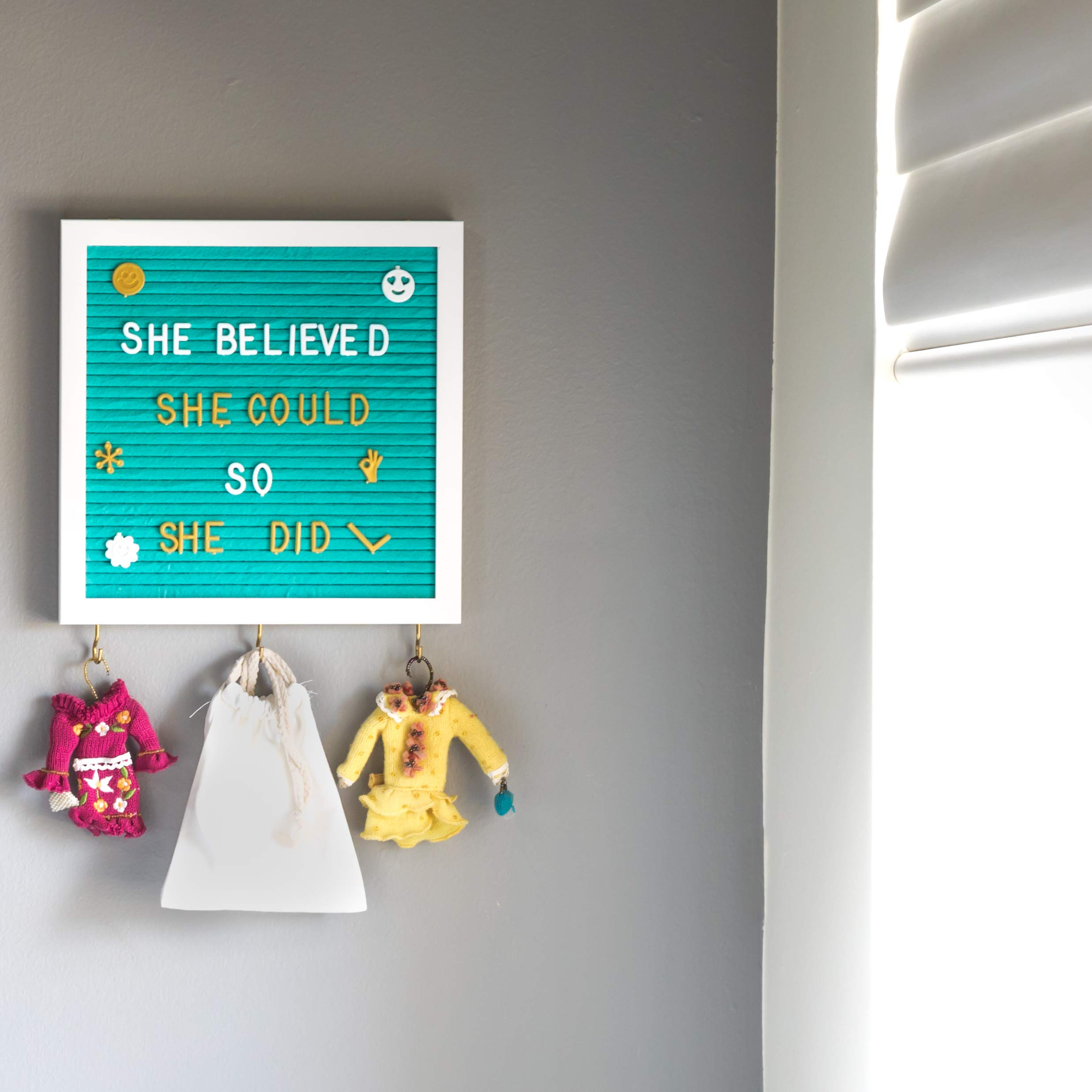 Felt Letter Board 10X10'' With 3 Key Hangers & 720 Changeable Letters | Sleek Wooden Frame, Unique Teal Color, Wall Mount Hook | For Messages, Notes, Quotes, Office, Menus, Word Games & More by RODNAS (Image #3)