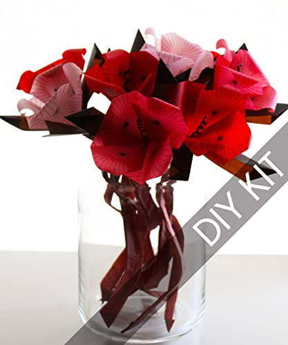 DIY Beautiful Origami Paper Rose Bouquet - DIY Tutorials | 500x417