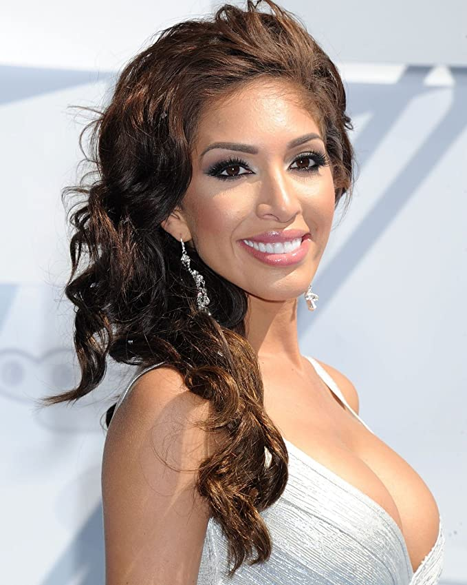 GLOSSY PHOTO PICTURE 8x10 Farrah Abraham In The Beach