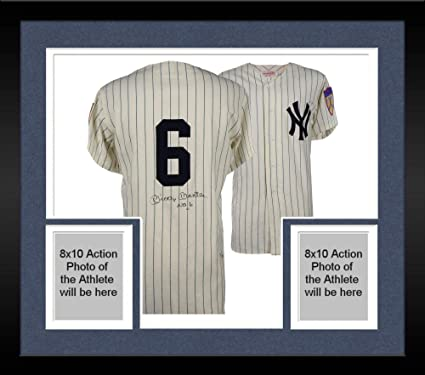 lowest price f4099 8ab67 Framed Mickey Mantle New York Yankees Autographed Vintage ...